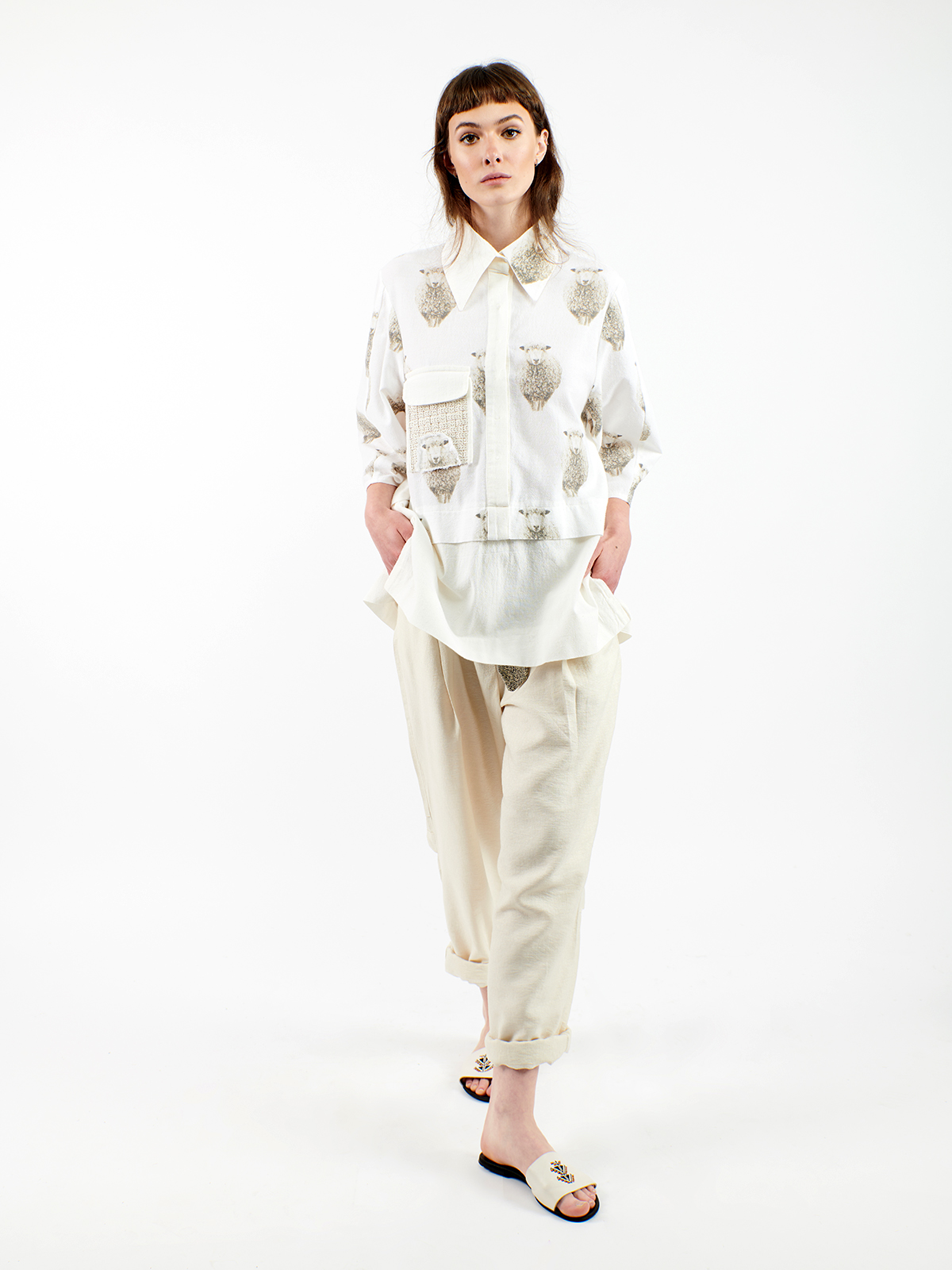 Shirt with sheeps