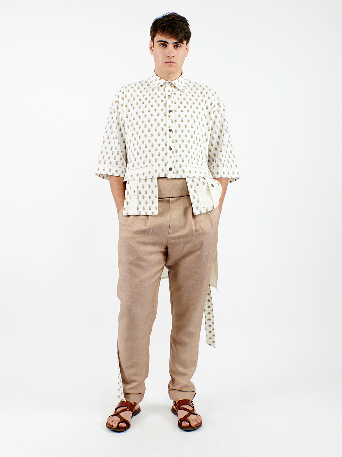 Unisex shirt with small sheeps